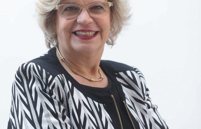 Designan a Nadine Gasman directora del instituto nacional de las mujeres