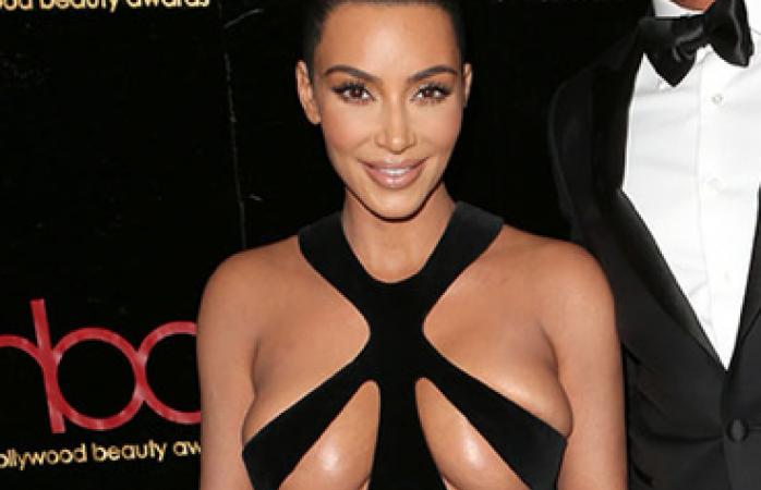 Galería; nada se movió del vestido de Kim Kardashian