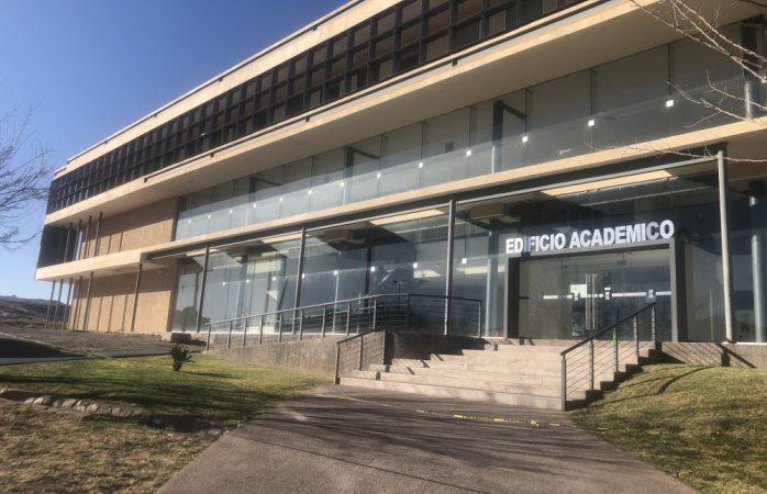 Estará cerrado toda la semana edificio académico en conta