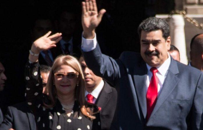 Se ofrece México como moderador entre Maduro y sus contrarios