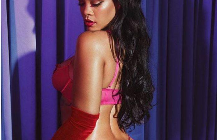 Se adelanta Rihannaa san valentín y regala fotos de sus curvas