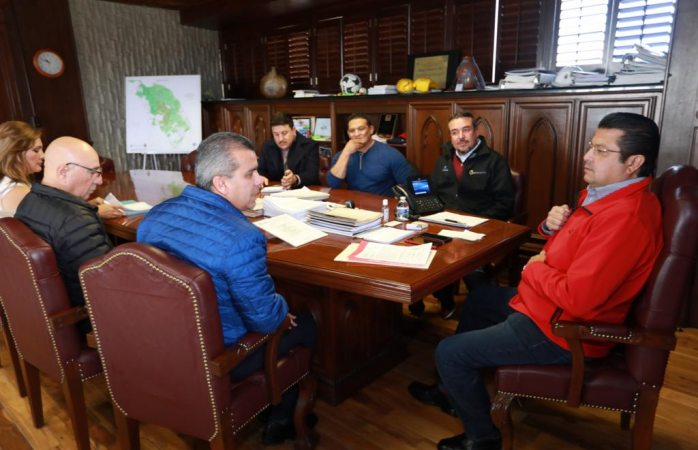 Presentan plan de trabajo indios de Juárez con alcalde