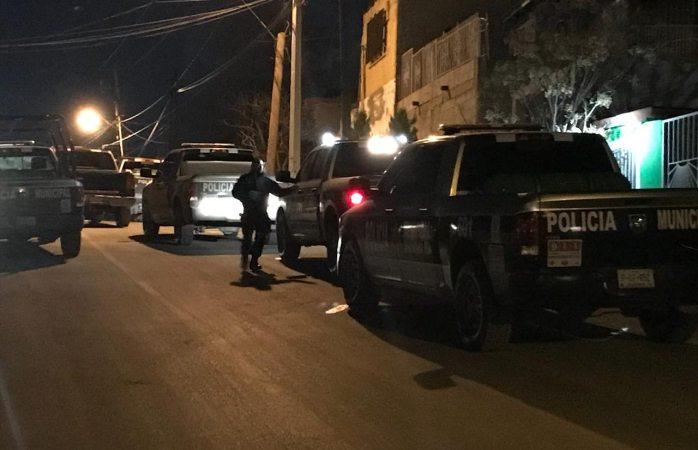 Atacan a balazos a policías en Juárez