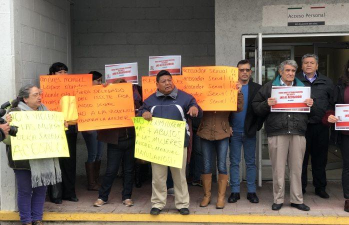 Exigen empleados del issste salida de Jorge Esteban Sandoval por acoso sexual