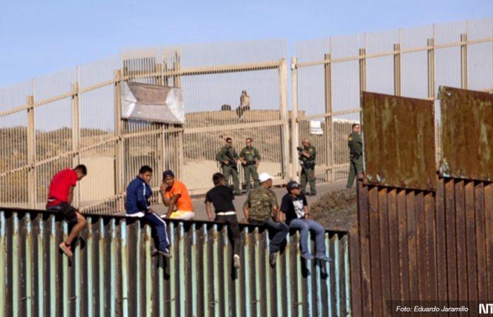 Desmantelan campamento para niños migrantes en Texas