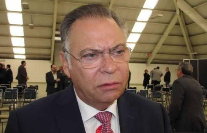 Nombran a Enrique Orozco nuevo delgado del Imss