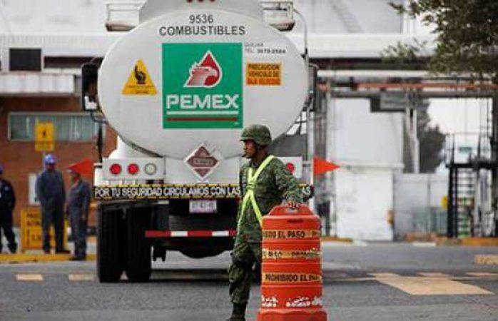 Destinarán 12 mil soldados a vigilar ductos de Pemex