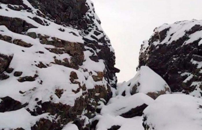 Investigan derrumbe de montaña en Rusia; ovni o meteorito entre las teorías