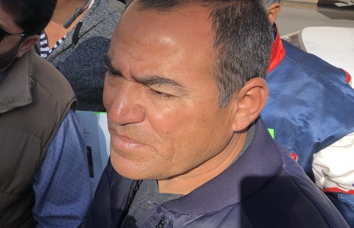 Encabeza hermano de Borruel protestas de taxistas