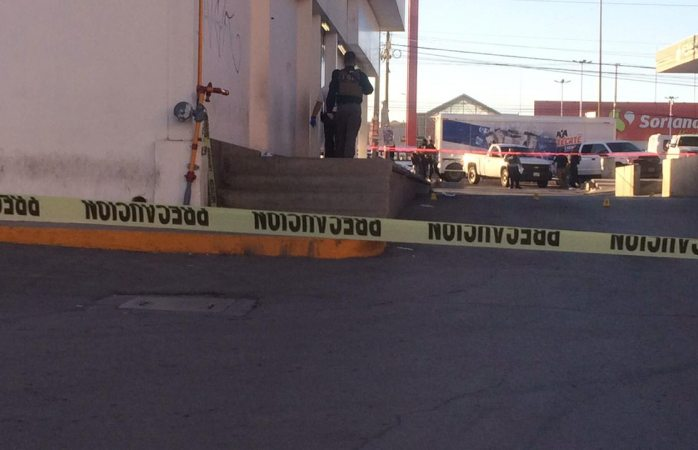 Quedan mal heridos dos policías tras ataque en Zaragoza en Juárez