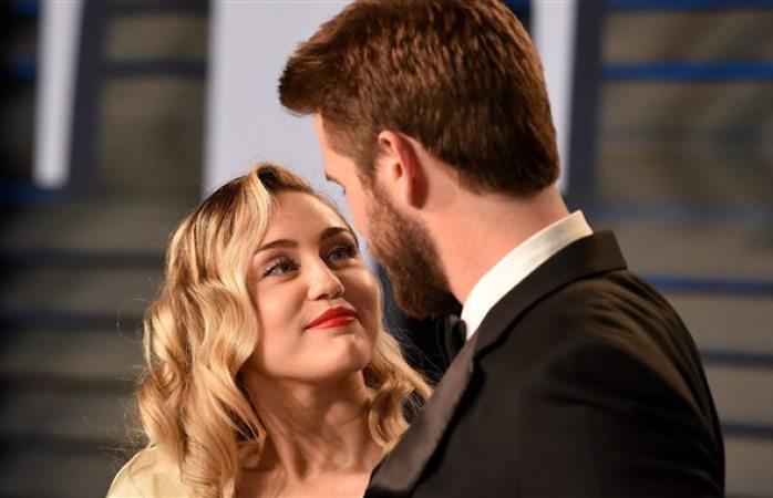 Responde Miley Cyrus a rumores sobre embarazo