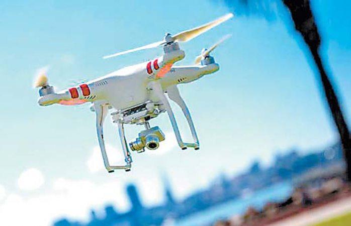 Proponen a Amlo usar drones para vigilar ductos de pemex