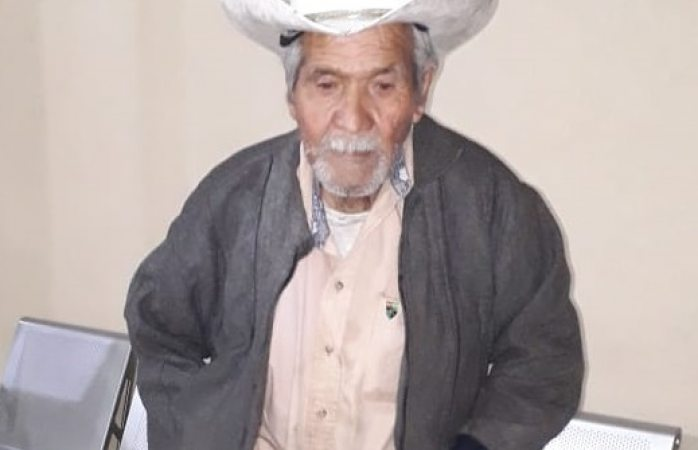 Buscan a familiares de adulto mayor extraviado en Cuauhtémoc