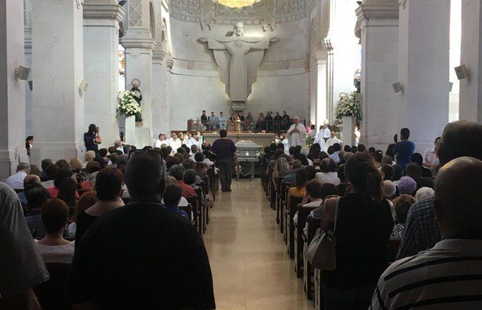Realizan misa de despedida al sacerdote Juan Manuel Mata Yáñez