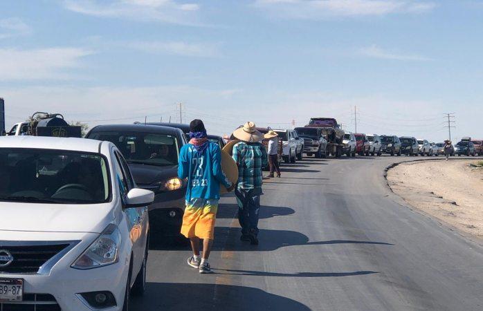 Filas de más de dos horas para cruzar a El Paso