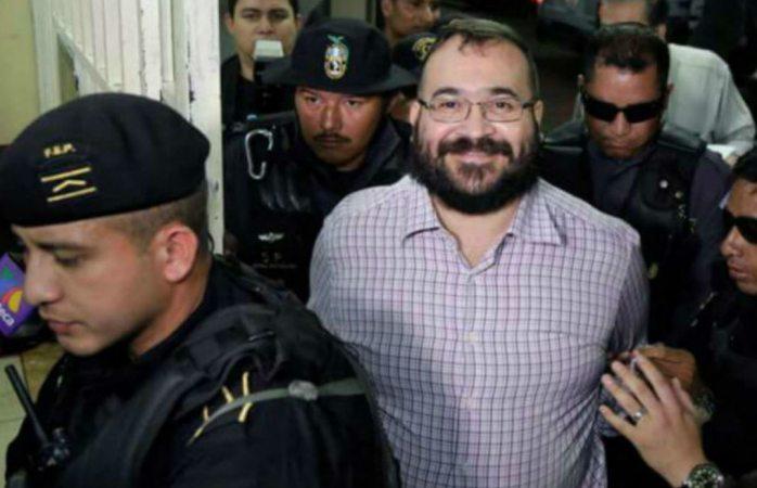 Suspenden condena y decomisos a Javier Duarte