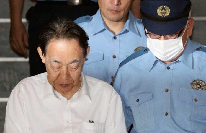 Arrestan a exembajador japonés por asesinar a su hijo