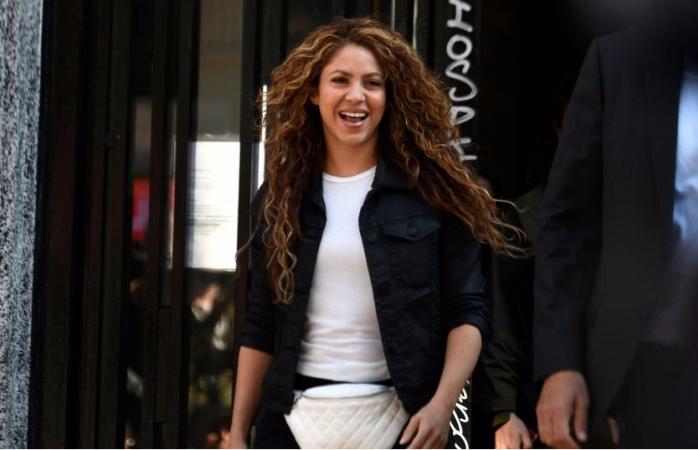 Shakira pagó lo requerido por hacienda, el juicio sigue su curso