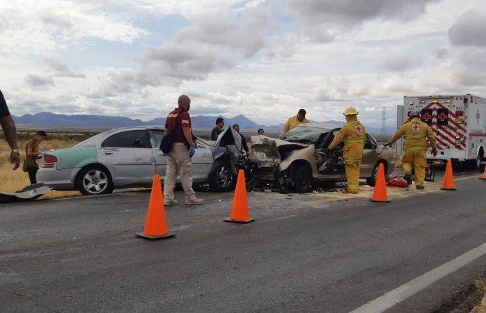 Fatal choque en la vía corta a Parral; 2 muertos y 3 lesionados