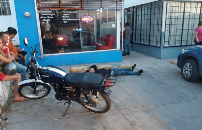 Impacta a motociclista en José María Iglesias