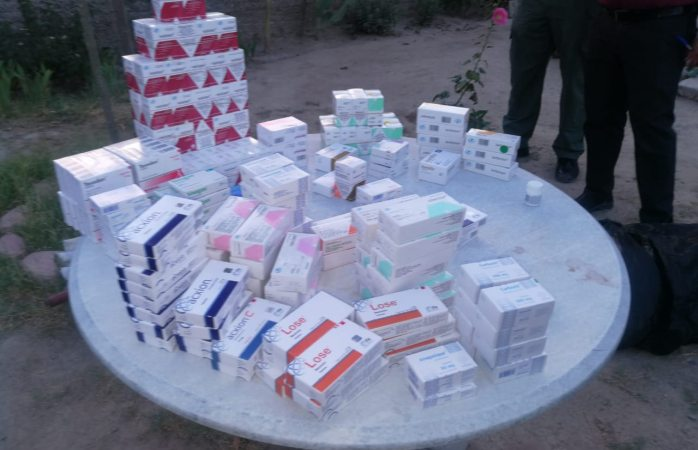 Caen tres por robo de medicamento controlado