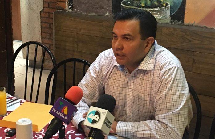 Existe pacto entre corral, maru y cabada para endeudar: Pérez Cuéllar