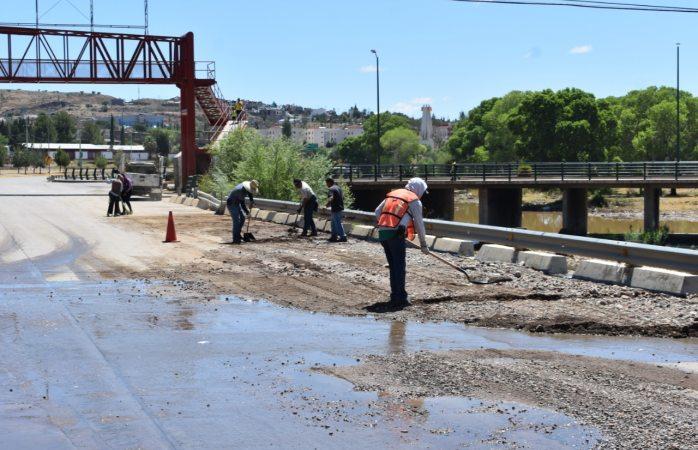 Atienden zonas afectadas por lluvia en Parral