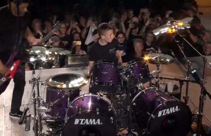 Metallica invita a niño de 13 años a tocar la batería por su cumpleaños (VIDEO)