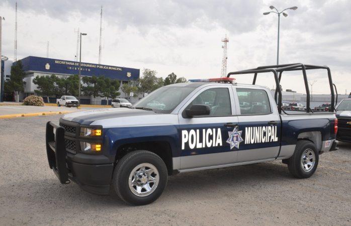 Abate policía a presunto ladrón que lo intentó bajar de su camioneta en Juárez