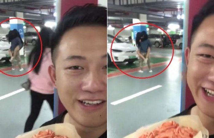 Sorpresa: le lleva un ramo de flores a su novia y descubre que le es infiel