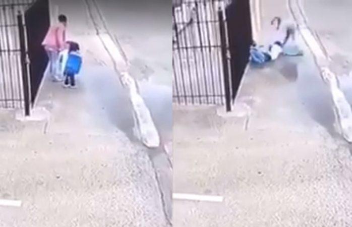 Niñas hacen llave de luchas a su madre y se hace viral (VIDEO)