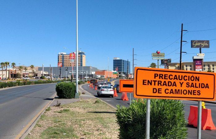 Cierran carril derecho central en periférico para obras de demolición