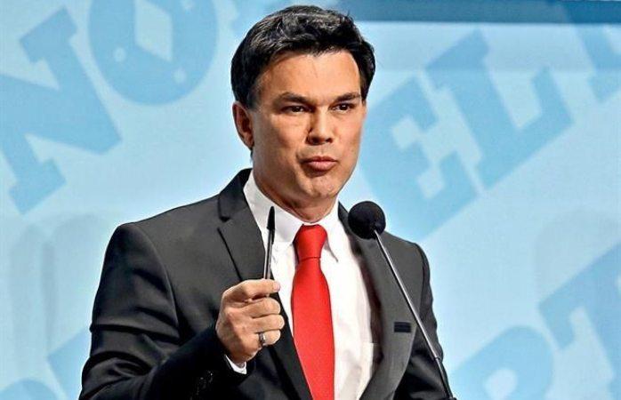 El Pato Zambrano va por gubernatura de Nuevo León en 2021