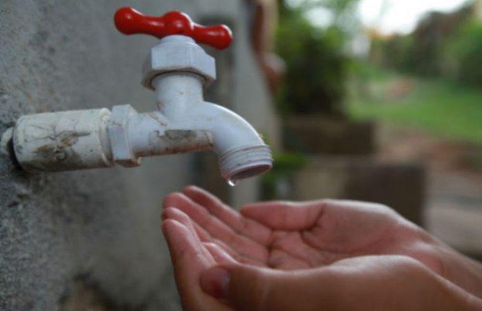 Se quedan sin agua en la Alfredo Chávez