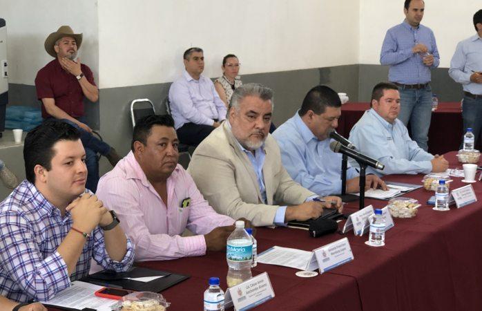 Sesiona cabildo en Ciénega de Ortiz