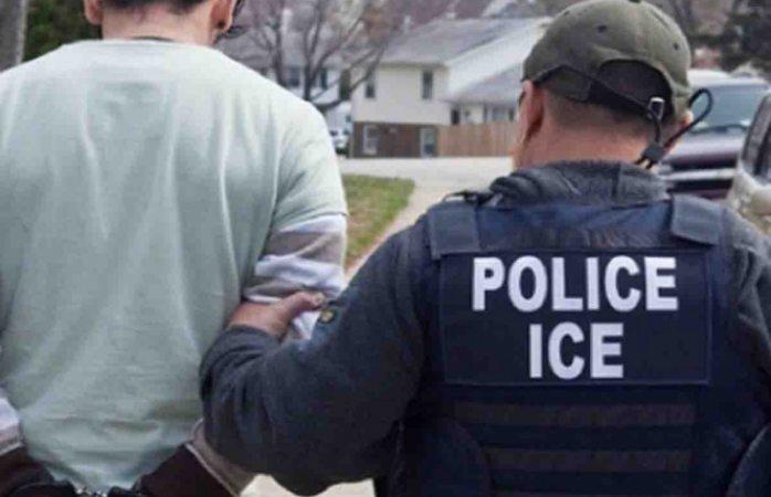 Migrante se resiste a detención y muerde a policía