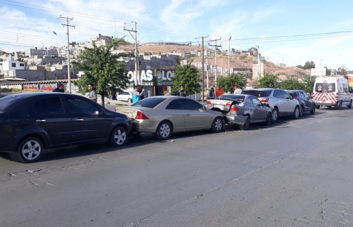 Carambola en avenida fuentes mares deja 5 lesionados