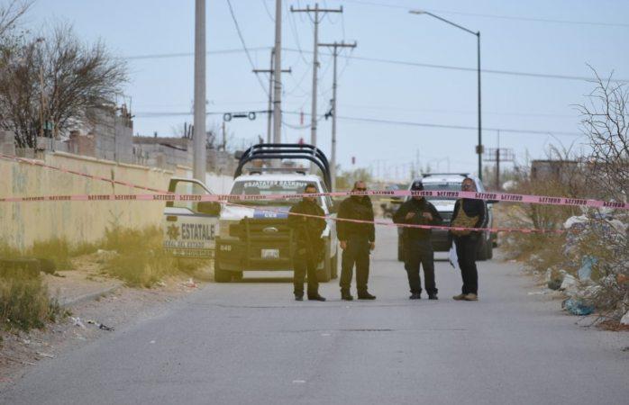 Hallan un encobijado en calles de ciudad Juárez