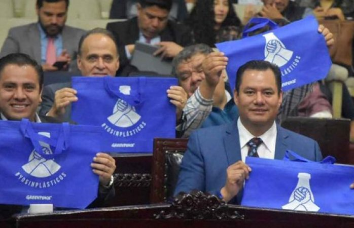 Prohíben uso de bolsas de plástico, popotes y unicel en Hidalgo
