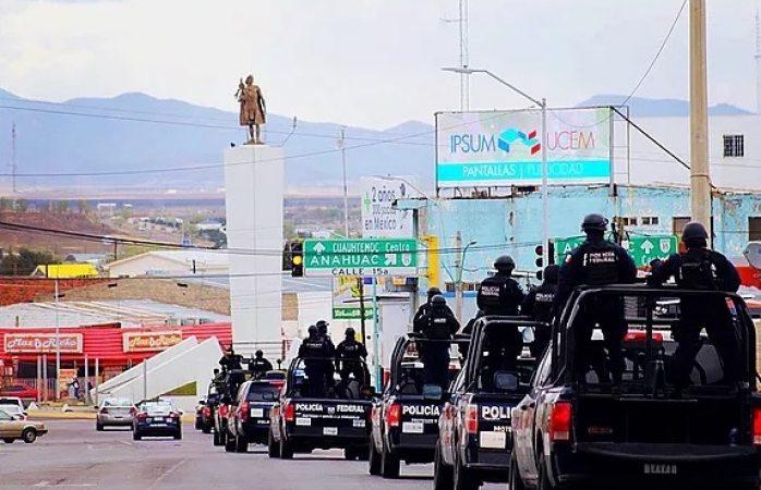 Llega caravana de militares y federales a Cuauhtémoc