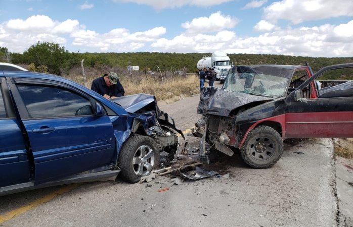 Encontronazo en rúa Parral-Guadalupe y Calvo deja tres heridos