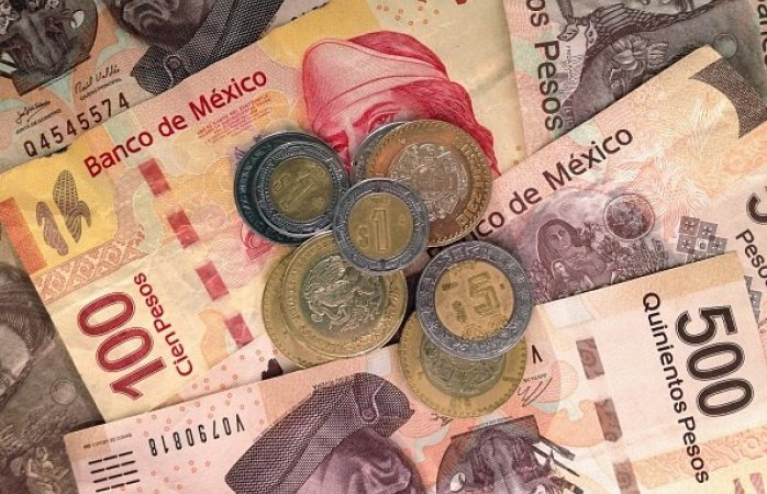 Amlo dice que el peso mexicano está fortachón