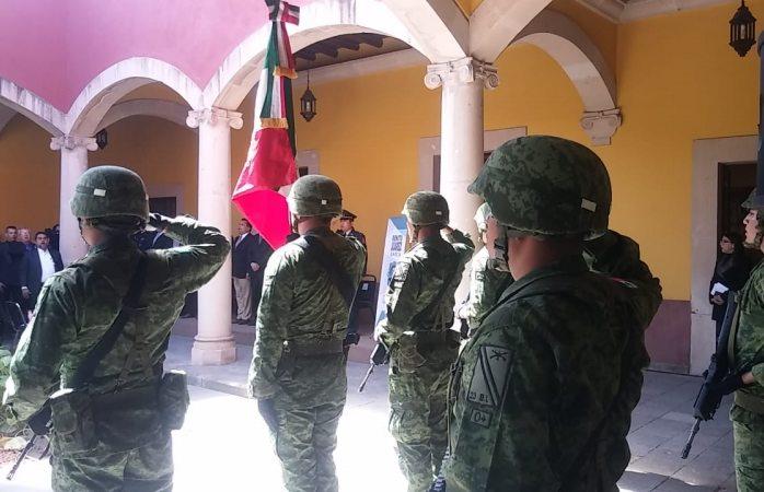 Celebran el 213 aniversario del natalicio de Benito Juárez