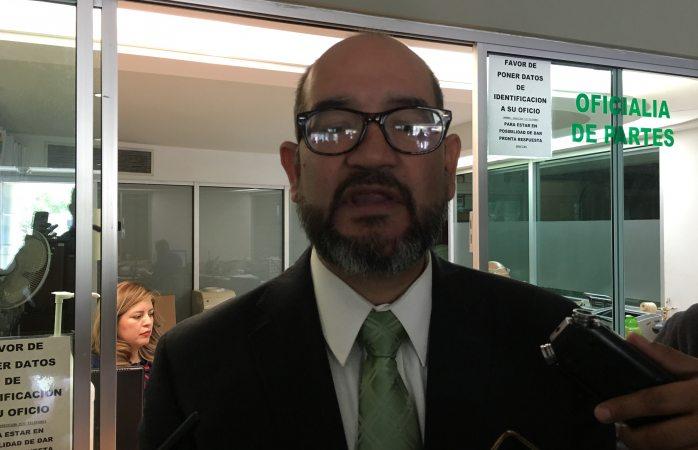 Se registra Carlos Gutiérrez Casas por la presidencia de la CEDH