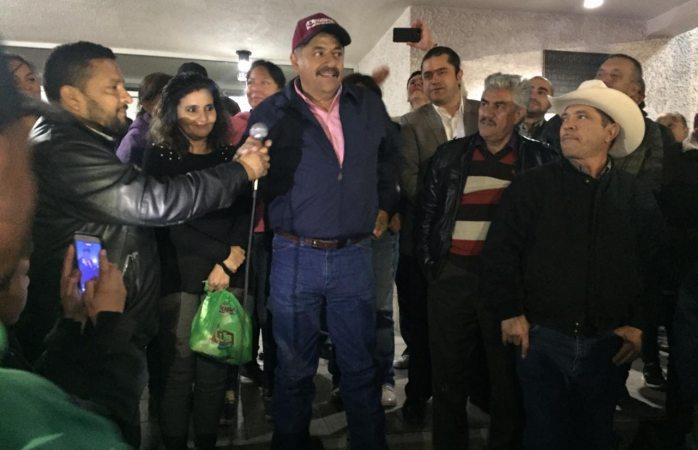 Liberan a alcalde tras 7 horas de arresto