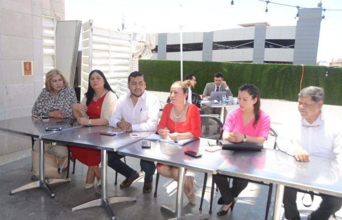 Celebra Marisela Sáenz el registro del partido encuentro social