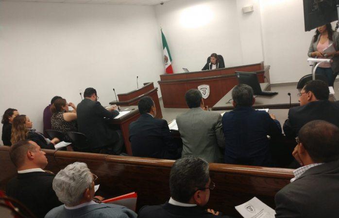 Difieren audiencia contra ex alcaldes de Juárez