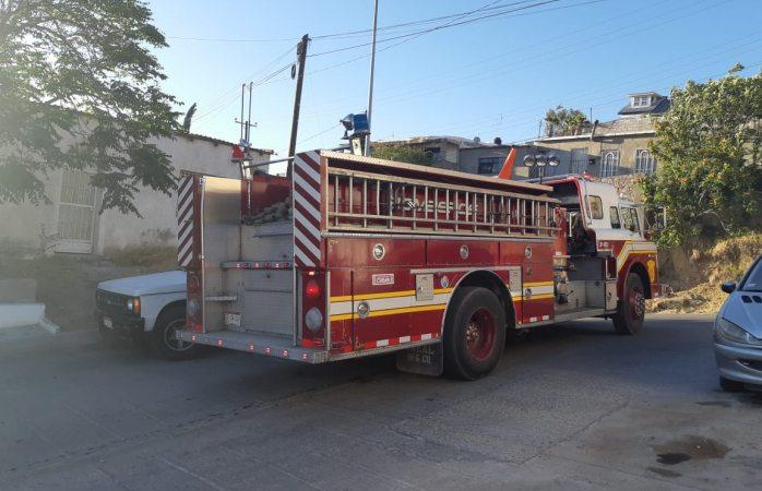 Moviliza a bomberos incendio en Santa Rosa