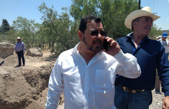 Golpean a diputado Miguel Colunga en protesta de brecha sacramento