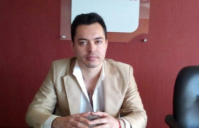 Corral, fascista y abusón: Omar Holguín Franco